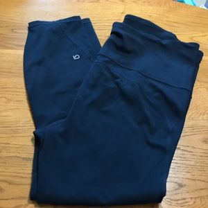 Gap Fit maternity navy compression leggings XL